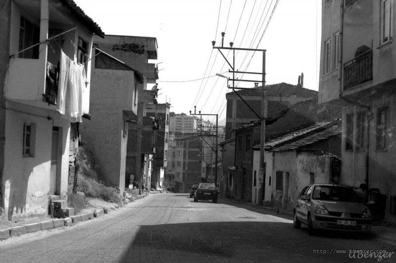 Armutlu Sokakları