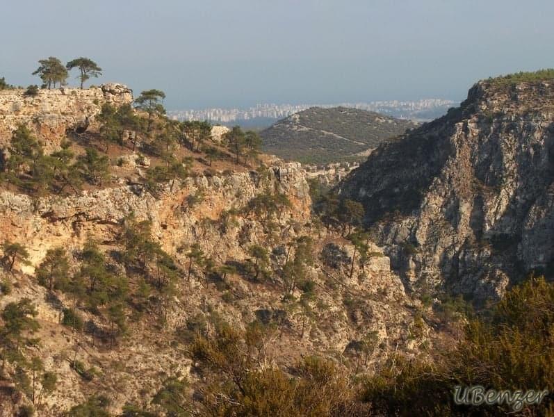 Güver Uçurumu'ndan Antalya