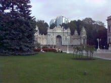 Dolmabahçe Sarayı