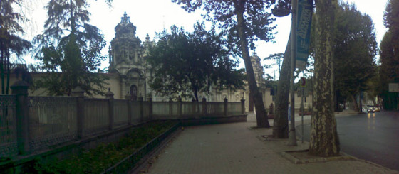 Dolmabahçe Duvarları