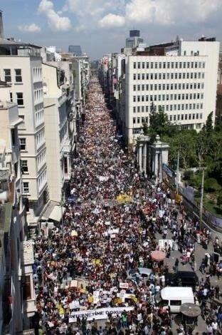 Sansür 15 Mayıs İstanbul
