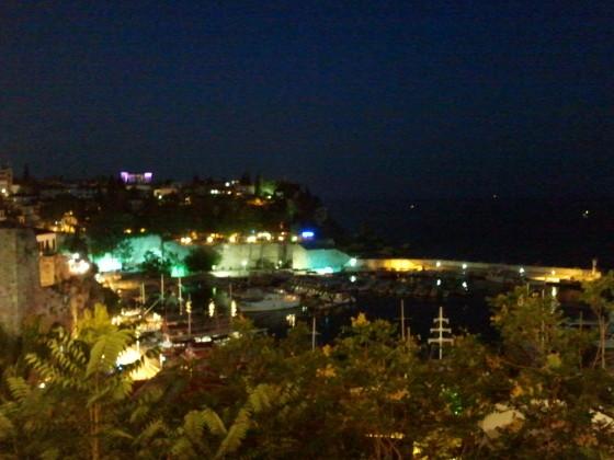 Antalya Yat Limanı, Gece